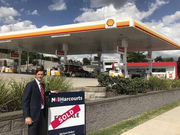 102 River Road_Gympie Service Station_NAI Harcourts.jpg